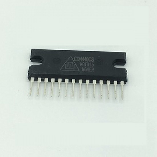 CD4440 / LA4440 2 Channel 6W Audio amplifier IC