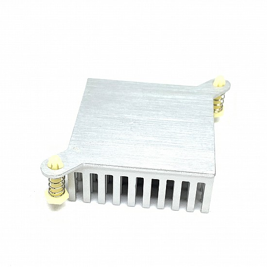 Heatsink with Fan for Thermoelectric Peltier Cooling System